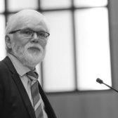 Dr. Hanns Sylvester
