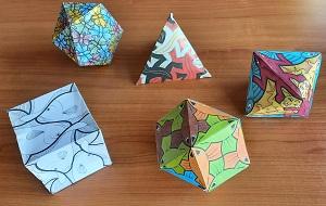 Polyeder aus Papier